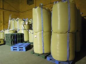お米を保管する低温倉庫